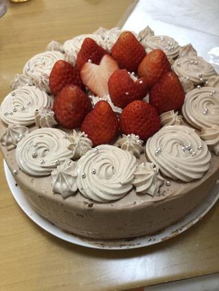 毎日毎日ケーキを食べ続けました